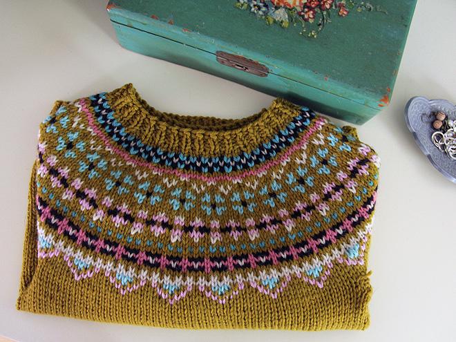 14Sweater1