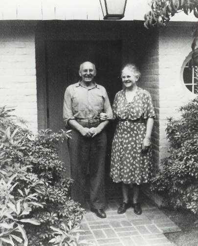 OrHi_Neg_6610-John_and_Lilla_Standing_at_the_Front_Door_of_Manor_House.jpg