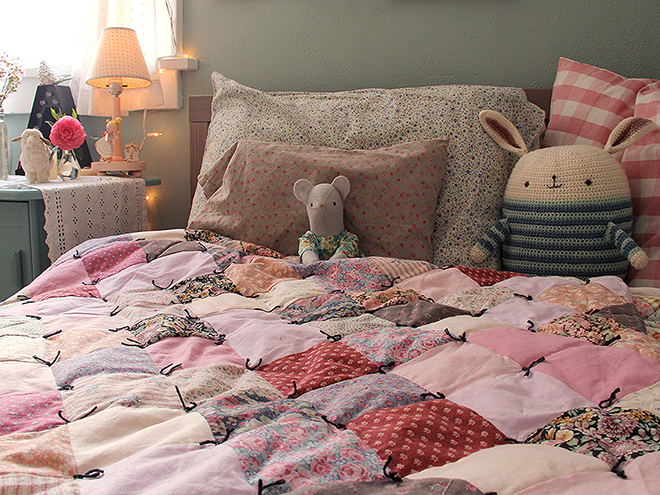 Posie Gets Cozy: Calicozy ComfyQuilt Top Kits Now Available! SOLD OUT : old fashioned quilted eiderdowns - Adamdwight.com